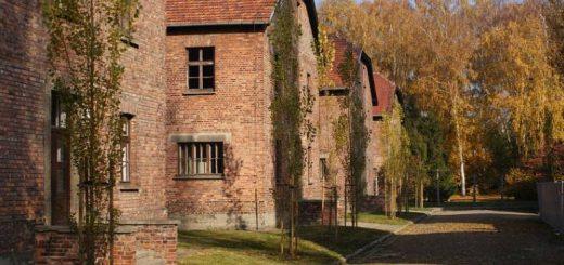 death-camp-in-auschwitz