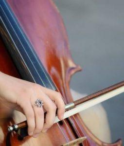 playing-viola